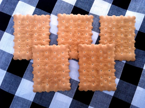 Olympic Logo a Day 043: tea time and biscuits
